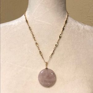 Cute NWT stone necklace
